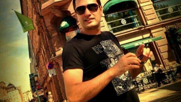 Георги Любенов е ценител на алтърнатив и ню уейв теченията, но за шофиране предпочита електронната музика