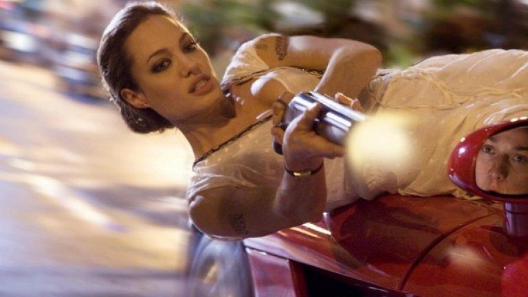 През 2005 година Анджелина Джоли се срещна на снимачната площадка с Брад Пит в Мистър и мисис Смит.