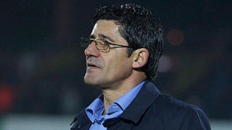 Бившият треньор на украинския Металург (Донецк) Николай Костов наследи Георги Иванов-Гонзо като старши треньор на Левски