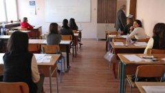 За учениците жертви на една застинала във времето образователна система