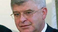 Кирил Ананиев, председател на НС на НЗОК, предлага парите да дойдат от собствените резерви на касата