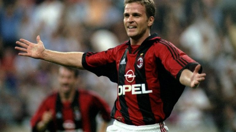 35. Оливер Бирхоф (1998-2001, 44 гола в 119 мача)