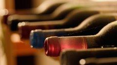 Най-често прилаганата схема за винена колекция е 70-80% червени, 15-20% бели и розета и 5-10% десертни
