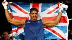 Антъни Джошуа може да се бие за първи път в САЩ