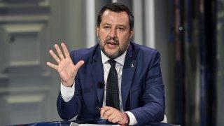 Политически скандал се разрази в Италия, след като съветник от партията на Матео Салвини уби уж случайно мароканец