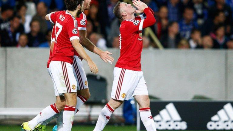 Уейн Рууни отбеляза хеттрик за победата на Манчестър Юнайтед с 4:0 над Брюж в плейофния реванш за влизане в групите на Шампионската лига