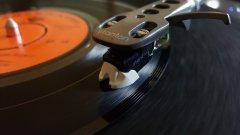 От началото на 2019-а общините ще проверяват хотели, барове и др. за уредени музикални права.