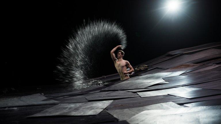 """В рамките на три вечери (28, 29 и 30 септември) на сцената на Дом на културата """"Борис Христов"""" се случи, и това не е преувеличаване, най-значимото театрално събитие в България до този момент на годината."""