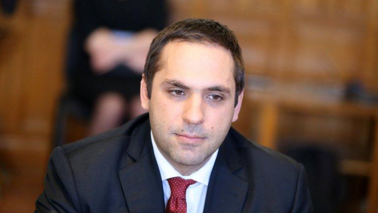 Икономическият министър призна, че страната ни е с най-ниските заплати в ЕС