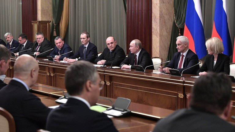 Среща на новия кабинет на Русия с журналисти в Кремъл.