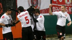 Футболистите на ЦСКА се радват на победата си с 2:0 над Литекс в Ловеч вчера