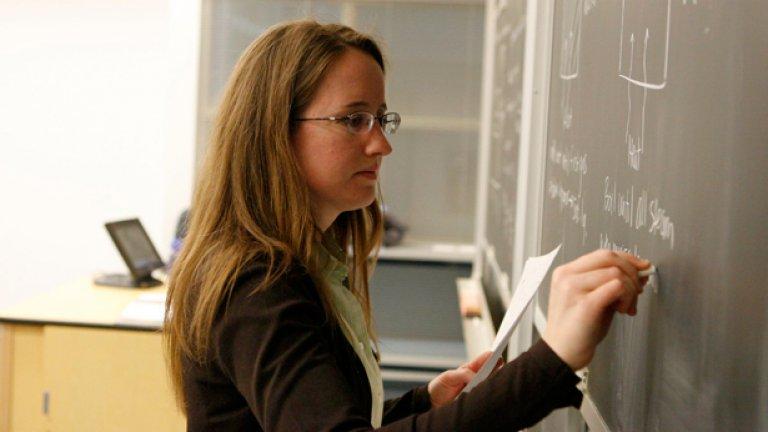 Проектозаконът за училищното образование едва ли ще стане закон до новата учебна 2010/2011 г....