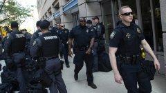 Полицията е ликвидирала стрелецът в Дейтън, Охайо (снимка: полицаи в Дейтън, Getty, архив)