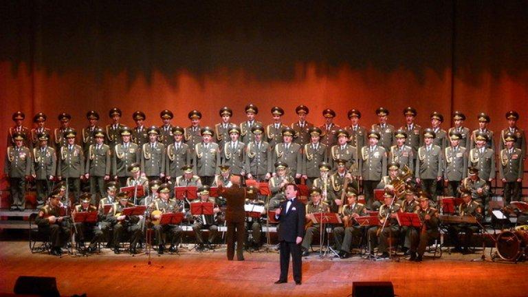 "64 души от ансамбъл ""Александров"" загинаха край Сочи"