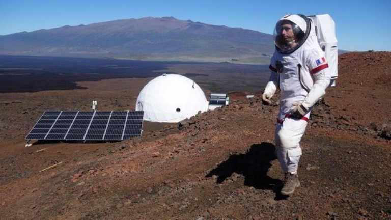 Учените от НАСА се надяват да изпратят хора на Марс до 2030 година. За да се подготвят астронавтите за този момент, е създаден HI-SEAS.
