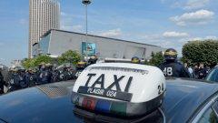 Заради насилието, стачките и повдигнатите обвинения Uber се изтегли от Франция