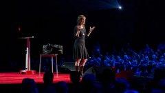 Сюзън Кейн говори за силата на интровертите за TED през 2012 година. Снимка: TED talk