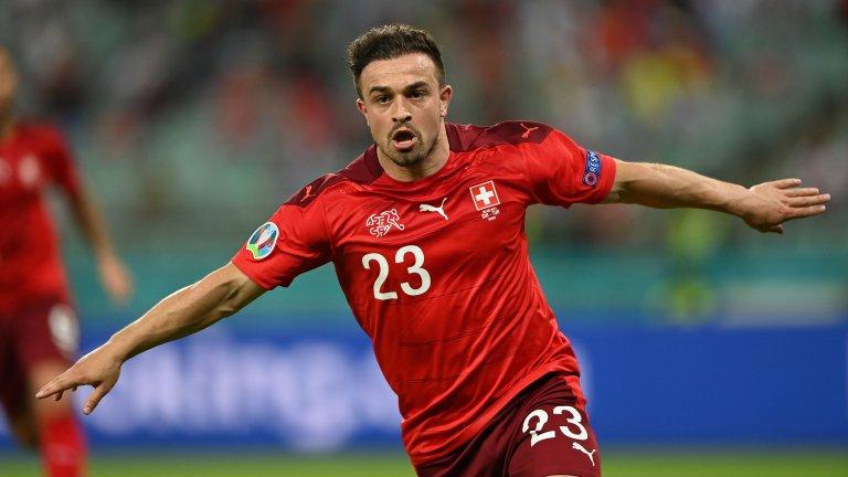 Джердан Шакири отбеляза два гола за победата на Швейцария с 3:1 над Турция