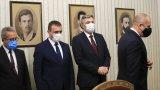 Президентът Радев обърна внимание, че този път партията предлага различна формула