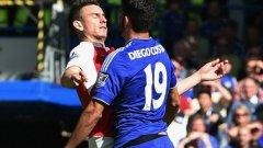 Арсенал има да си връща на Челси и Диего Коща...