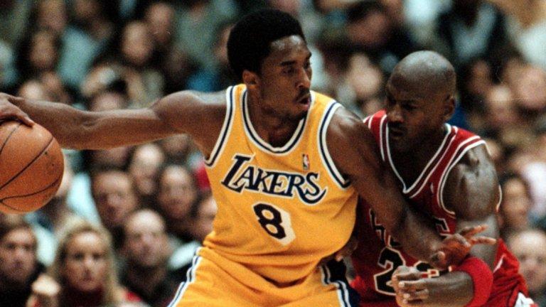 Една от ранните срещи между Майк и Кобе - в периода, когато изгряващата звезда на NBA беше изцяло сравняван с Въздушния