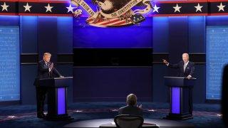 Двамата си размениха обиди, докато спориха по въпроси за пандемията от COVID-19, икономиката и здравеопазването, расовата дискриминация, размириците в САЩ и правосъдието