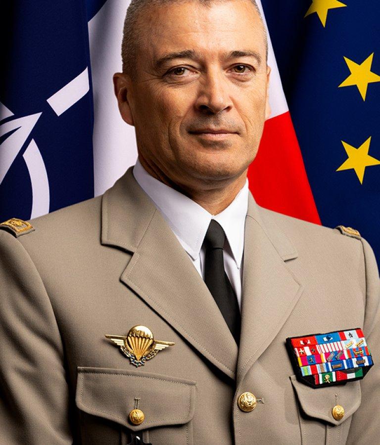 Генерал Тиери Бурхард