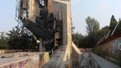 Монументът се руши още от създаването си, твърди зам.-кметът на София Тодор Чобанов