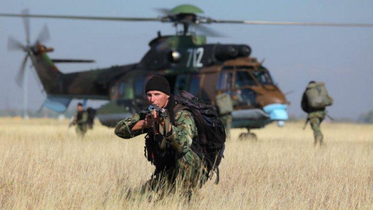 За пореден път, когато говорим за армията, говорим за заплати, съкращения, пенсии и обезщетения.  Сякаш не става въпрос за бюджета на въоръжените сили, а за бюджета на социалното министерство.