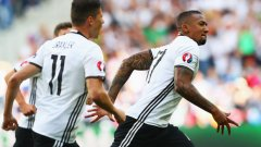 Германия набира скорост, а и още не е допуснала гол на Евро 2016...