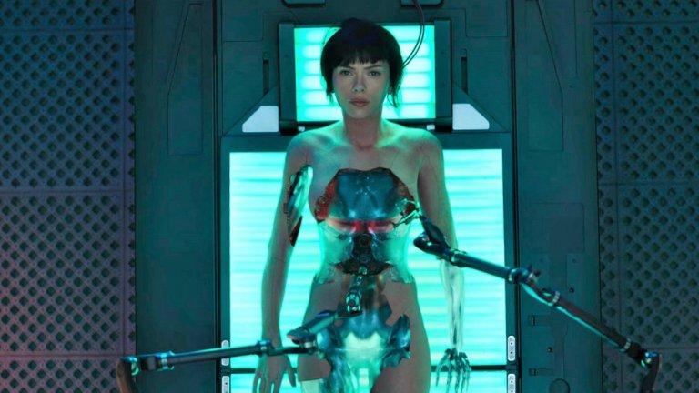 Надеждата на продуцентите е филмът да спечели много от разпространението си в Китай и Япония - тъй като на американския пазар Ghost in the Shell тръгна слабо