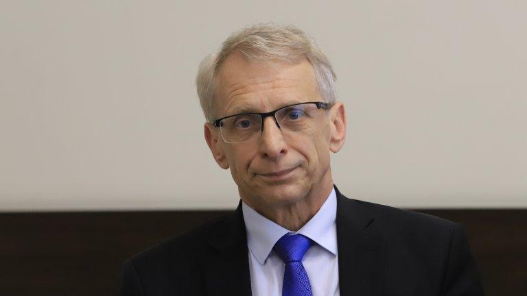 Според служебния министър проф. Николай Денков за миналия вот 11 от общо 28 шефове на инспекторати са били в отпуска за кампанията