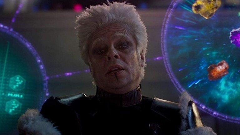 """Бенисио дел Торо  Ясно е, че номинираният за """"Оскар"""" дел Торо е по-склонен към по-разчупени и шантави роли от други хора в галерията. Но дори да вземем това предвид, ролята на извънземния Колекционер - известен с най-голямата колекция от междузвездни видове и реликви – отново е нещо различно. Все пак за изпълнението си в """"Пазителите на галактиката"""" дел Торо трябва значително да преиграва, да носи бяла перука и червило."""