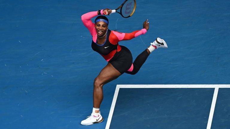 Серина отново скандализира - този път с един гол крак на Australian Open
