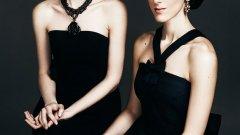 Мария Каракушева (вдясно) и Пламена Гиргинова отново ще представят своя класически прочит на световни поп, рок и алтърнатив хитове