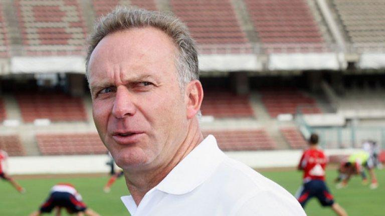 Президентът на Байерн и на Европейска клубна асоциация Карл-Хайнц Румениге не спестява нищо на фИФА...