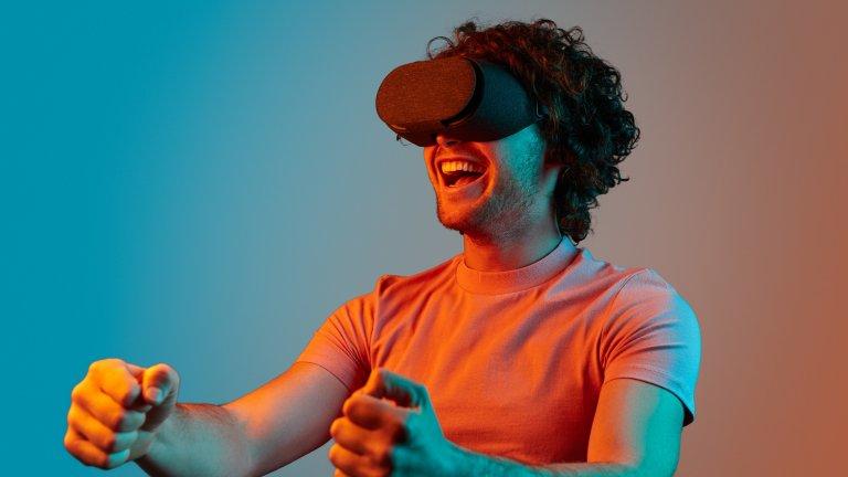 """5 безплатни приложения за виртуална реалност, с които да """"избягаме"""" от вкъщи"""