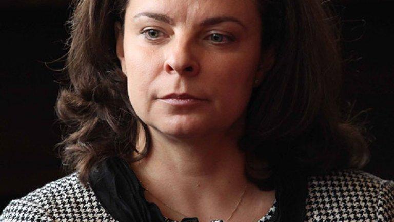 Като гинеколог министърът на здравеопазването д-р Таня Андреева смята, че не е редно жени на 50-60 години да раждат деца
