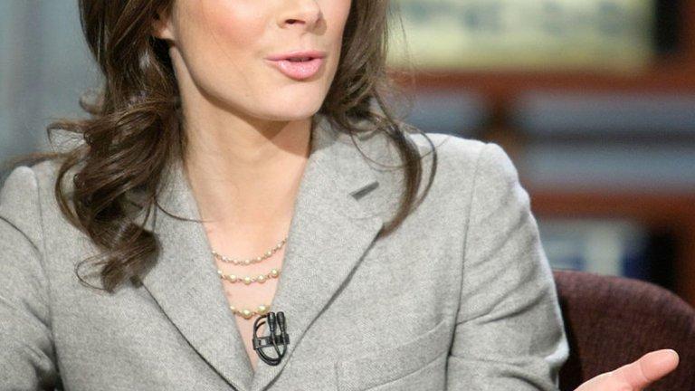 Ерин Бърнет радва аудиторията на CNN. Освен водеща на новини, има и собствено шоу - Еrin Бurnett ОutFront, в което дискутира с гости актуални новини.