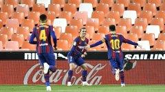 """Дебненето продължава: Барса спечели на """"Местая"""" и изравни Реал"""
