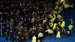 Феновете на Милуол не са добре дошли на нито един стадион.