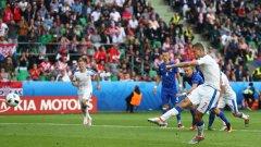 Томаш Нецид бележи от дузпа за 2:2 в най-резултатния двубоя на Евро 2016 дотук.