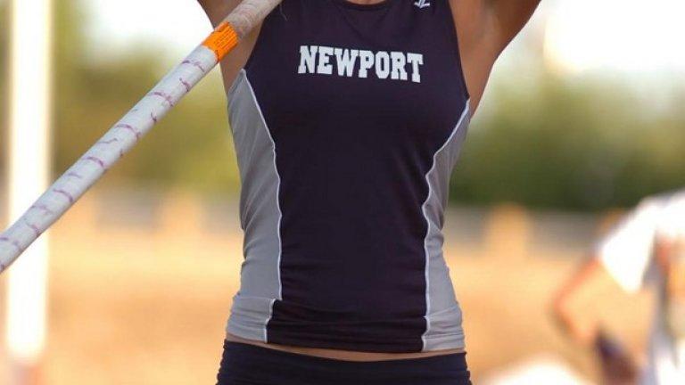 """Две години поред тя бе избирана за най-секси атлетка в света от в. """"Марка"""" и спечели класация за най-секси олимпийка преди Лондон 2012, където... не стигна."""