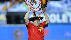 Маноло за пръв път е пътувал да гледа мач на Испания още през 1979 г.