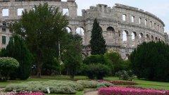 Вижте 10-те забравени туристически обекта, които си струва да посетите, ако не тази великденска ваканция, то другата...