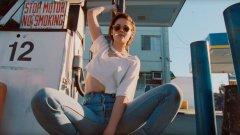 Газ, газ, газ! в новия клип на Rolling Stones