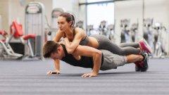 През първата седмица всяко упражнение се изпълнява в продължение на 1 мин. с 10 секунди почивка между упражненията. През втората седмица почивката е 15 секунди, а упражненията се изпълняват по  15 мин., като през третата седмица повтаряте начина на изпълнение от първата, а през четвъртата – от втората.