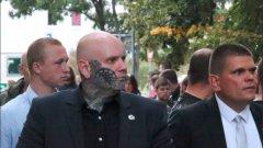 Вълненията в Източна Германия изваждат на показ някои от най-крайните радикали в Германия. Давид Кьокерт е един от тях...