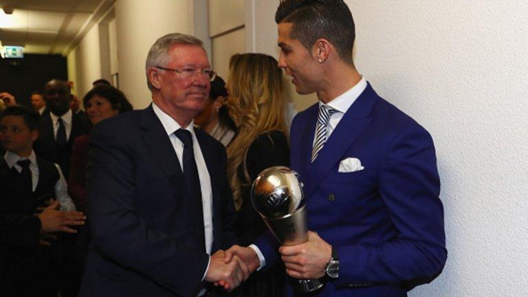 9 януари 2017 г. -  Наградата на ФИФА за най-добър футболист през 2016-а Отново бе предпочетен пред Меси в гласуването за новия трофей на ФИФА The Best.