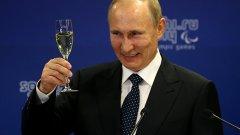 Путин мобилизира руските медии чрез медали и ордени